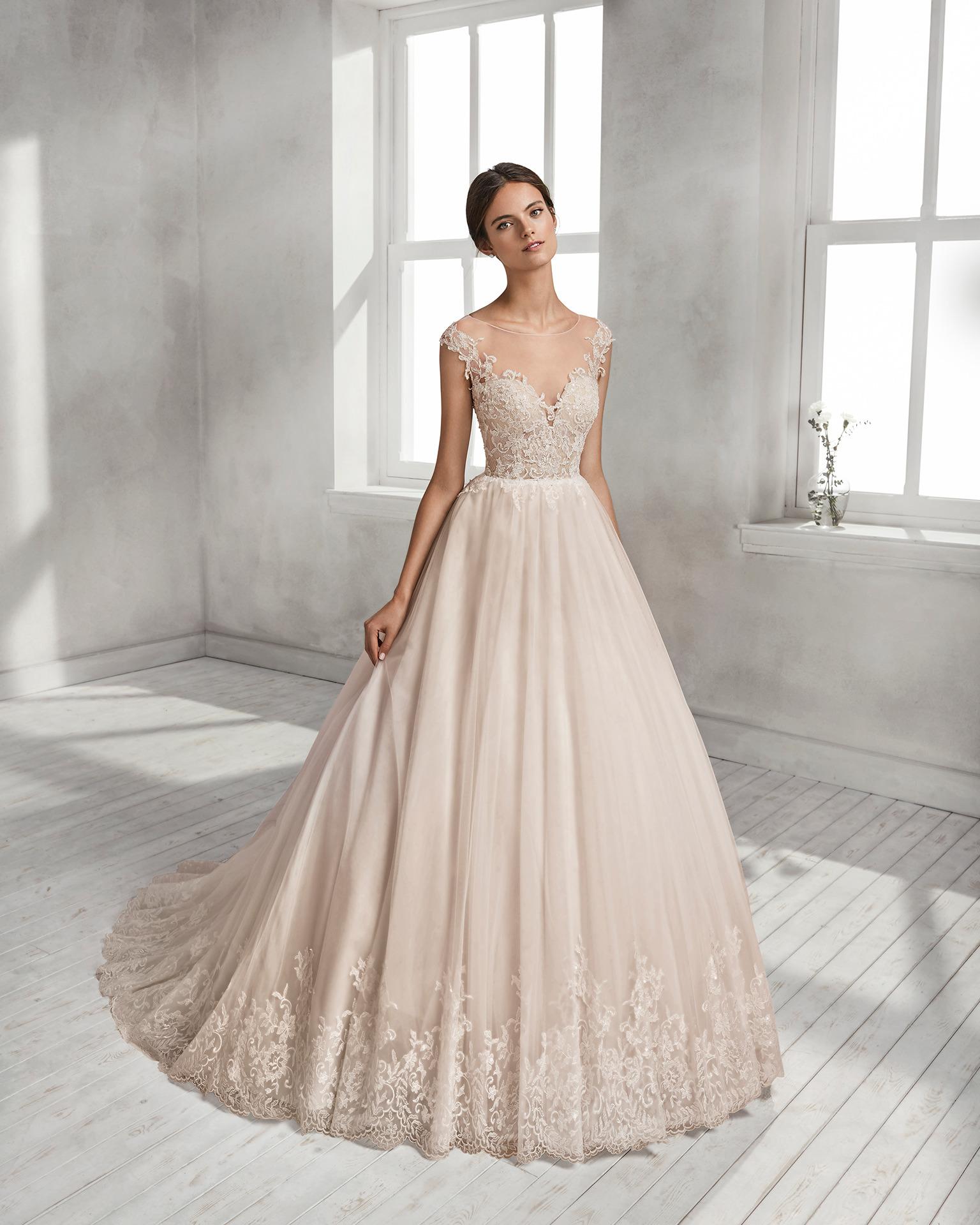 f72c295ca315 Exkluzívny svadobný salón - svadobné šaty Helois