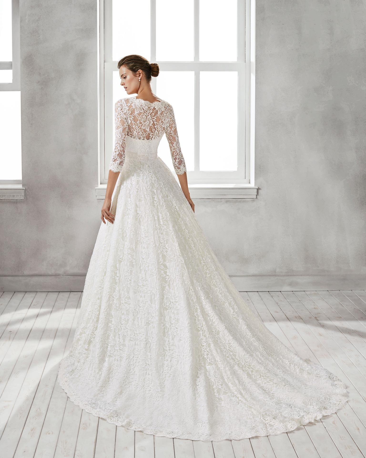 0d6ac25721fe Exkluzívny svadobný salón - svadobné šaty Hesel