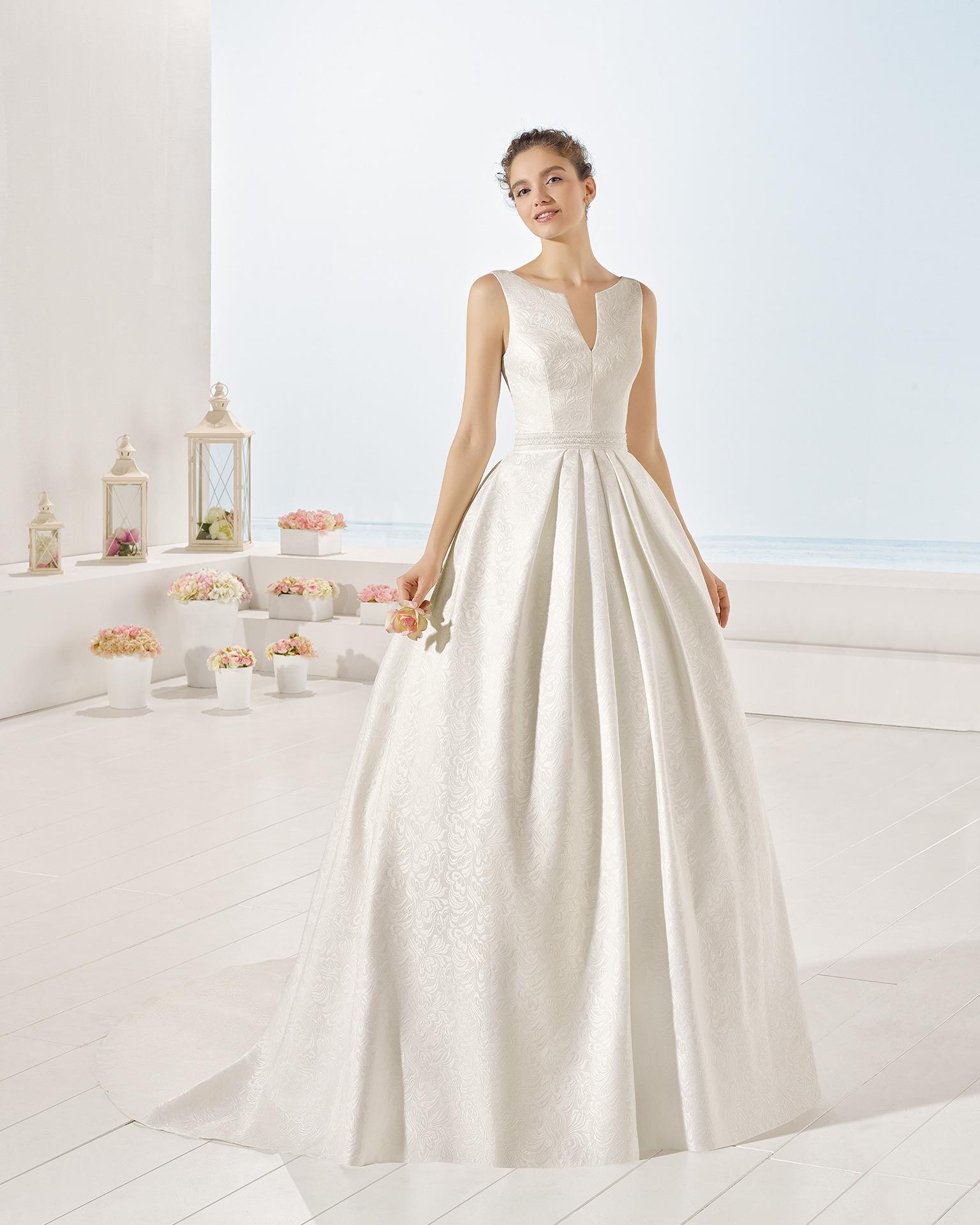 ad2d3d8fc Exkluzívny svadobný salón - svadobné šaty Yvette