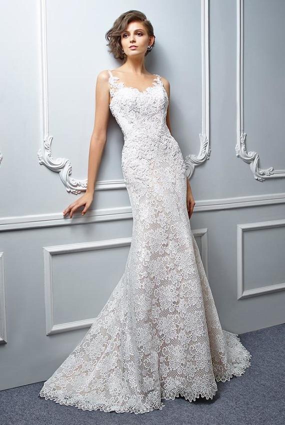 5510c3d6fb17 Exkluzívny svadobný salón - dlhé šaty