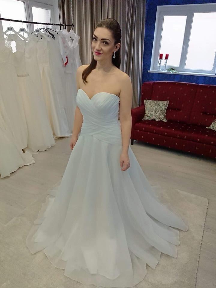 Exkluzívny svadobný salón - svadobné šaty Diane bacb3f2f256