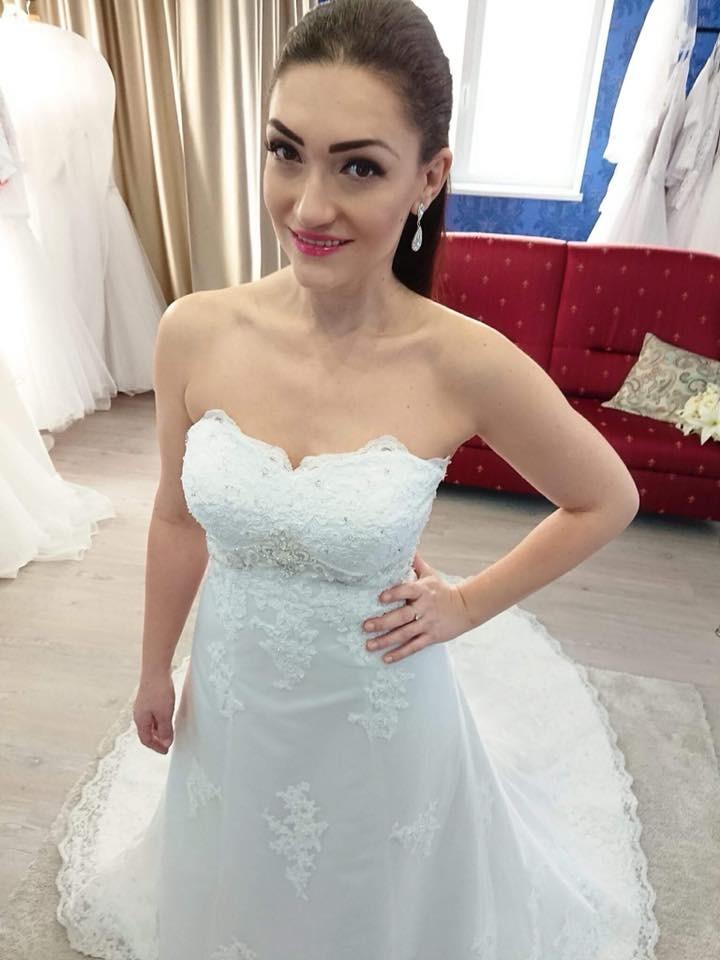 Exkluzívny svadobný salón - svadobné šaty Lisa 07112a739bc